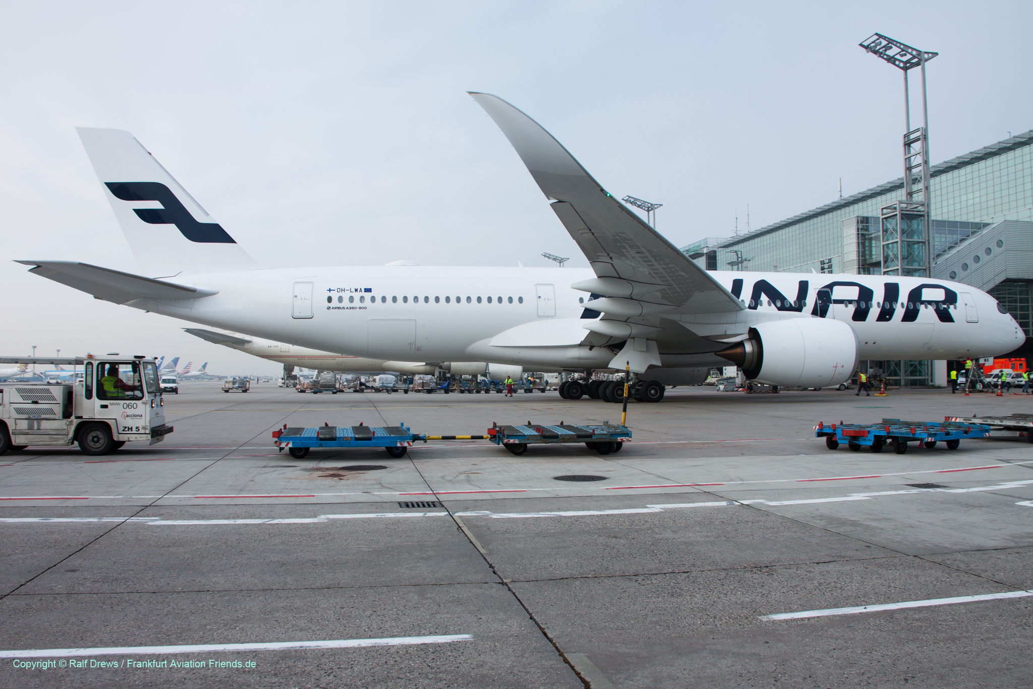 19.10.2015: Finnair A350 at Frankfurt